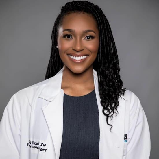 Dr. Ebonie Vincent Photo