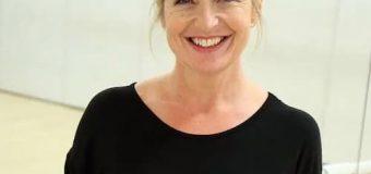 Carol Kirkwood Bio, Age, Height, Family, BBC, Married, Net Worth